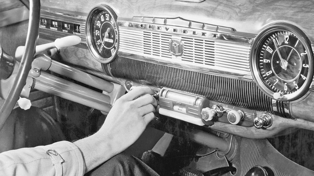 Spotify、車向けラジオチャンネルを開始